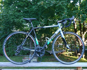 54cm Cinelli Experience - Shimano 105 parts - 10 speed