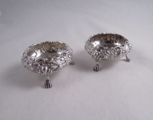 BALTIMORE SILVERSMITHS STERLING REPOUSSE PAIR OF FOOTED SALT CELLARS