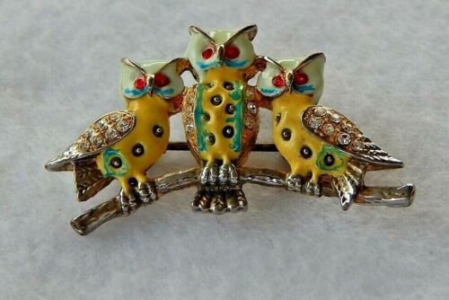 3 WISE OWLS DAR JUNIOR  MEMBERSHIP PIN - VERY RARE & HARD TO FIND - SHIPS FREE!