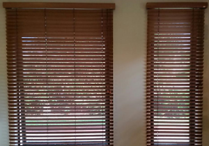 LUXAFLEX TIMBER BLINDS, excellent condition. Pottsville Tweed Heads Area Preview