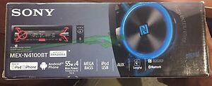 Sony Car stereo with Bluetooth and song pal