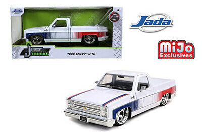 Jada 1:24 Scale 1985 White Chevrolet C10 W/ Custom Cartelli Wheels Model 32683