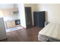 FANTASTIC STUDIO FLAT IN REDBRIDGE - ALL BILS INCLUSIVE