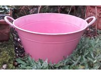 Pink metal container/bath