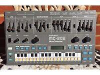 Roland MC202 (TB303-SH101)
