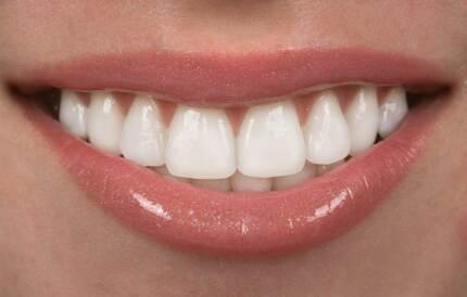 DENTAL DENTURES  ATTRACTIVE www.dentaldentures.com.au
