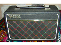 VOX ESCORT Combo Amplifier with Speaker. Uses Mains and Batteries.
