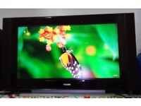 """Philips 42PF5421 42"""" 720p HD LCD Television WITH 2 HDMI PORTS ETC WITH GOOD SPEAKERS"""