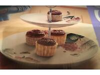 New two tier cake stand with box
