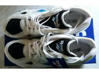 Reebok distance running spikes unisex size 8.5 UK. Never worn still in box