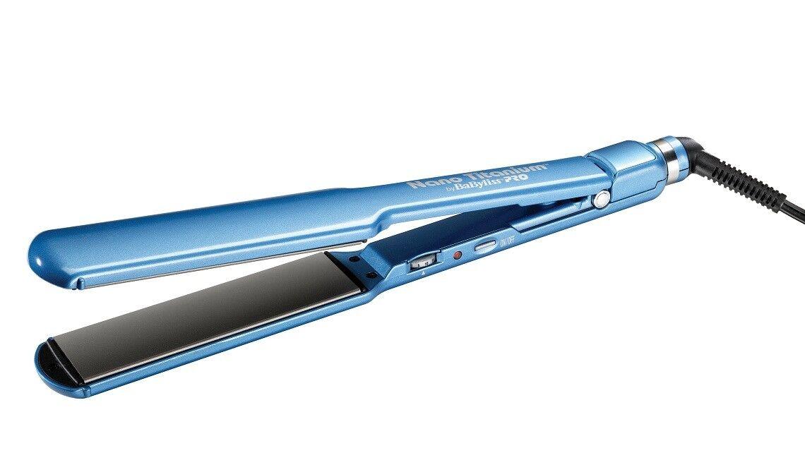 Babyliss Pro Nano Titanium Straightening Iron 1.5 Inch - Blu
