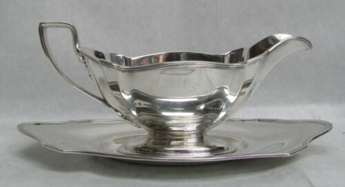 """GORHAM PLYMOUTH STERLING SILVER GRAVY BOAT WITH 9"""" UNDER TRAY #A2803"""