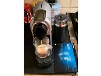 NESPRESSO CITIZ AND MILK KRUPS COFFEE POD MACHINE MILK FROTHER AEROCCINO SET