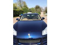 Porsche Cayenne - very low miles - HSH - Big Wheels - Great Condition