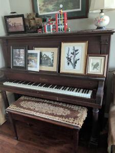 Kingsbury upright antique Piano