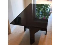 High Gloss Extendable / Foldable Table - Black - Sits up to 6 people comfortably