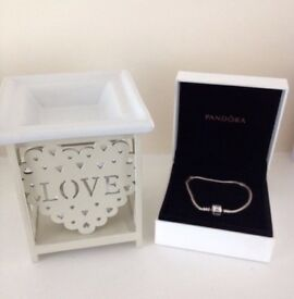 Pandora bracelet and love oil burner