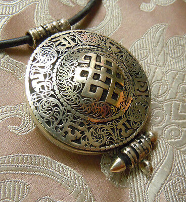 Great Tibetan Wooden Amulet Gau from Nepal Endless Knot Om