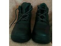 Men's safety boots - new 10uk
