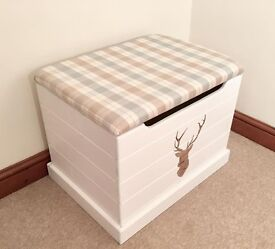 🌷🍃Country Chic Pine Foot Stool Ottoman 🍃🌷***£69***