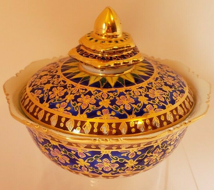 Thai Hand Painted BENJARONG Porcelain Ginger Jar with Lid & Gold Tone Trim