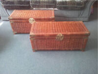 2x wicker storage chest / ottoman