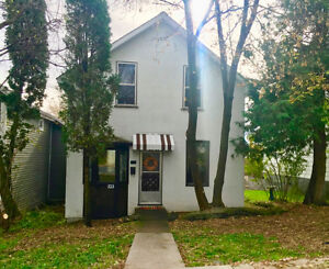 3 Bedroom 1 bath home close to town!