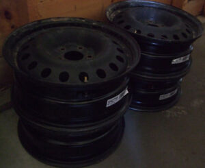 4 steel rims w/sensors installed $50ea