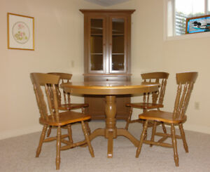 SOLID MAPLE TABLE WITH LEAF AND FOUR MATCHING CHAIRS
