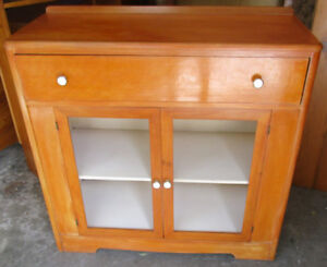 Solid wood kitchen cabinet 4 sale