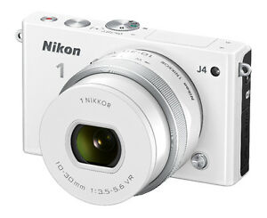 Nikon 1 J4 Digital Camera with 1 NIKKOR 10-30mm