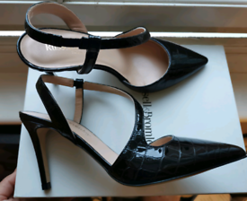 Russell and Bromley Sling Back heel