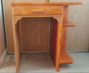 Small all wood gently used desk w/drawer