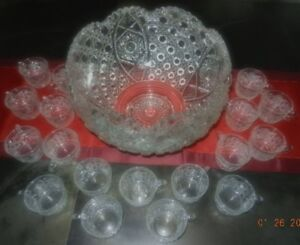 """Daisy Pattern"" Crystal Punch Bowl Set (EAPG Vintage L.E. Smith)"