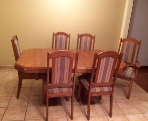 Dining Room Table with 6 Chairs and Buffet