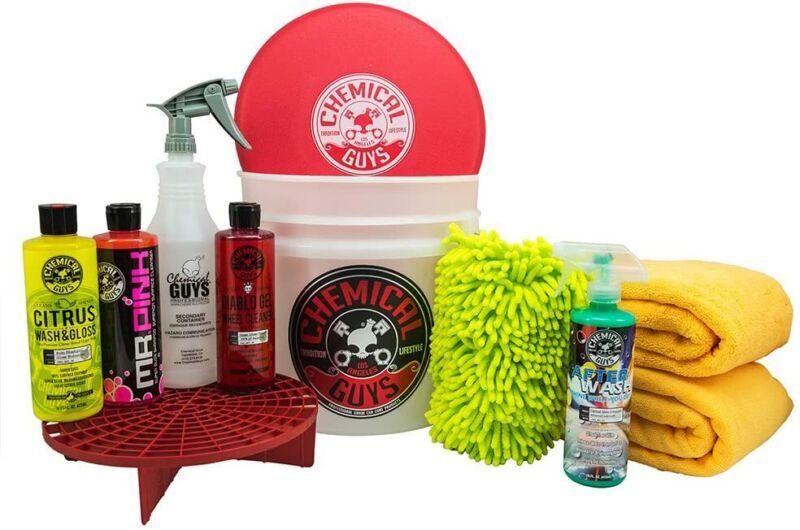 Chemical Guys HOL121 Best Car Wash Bucket Kit, 10 Items