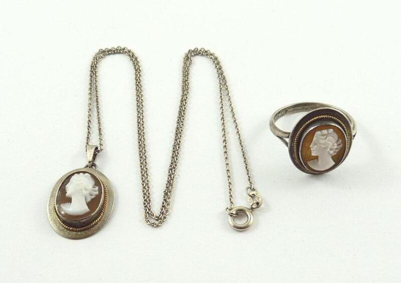 Lovely Vintage Natural Shell Cameo Pendant Necklace & Ring Set - Young Woman