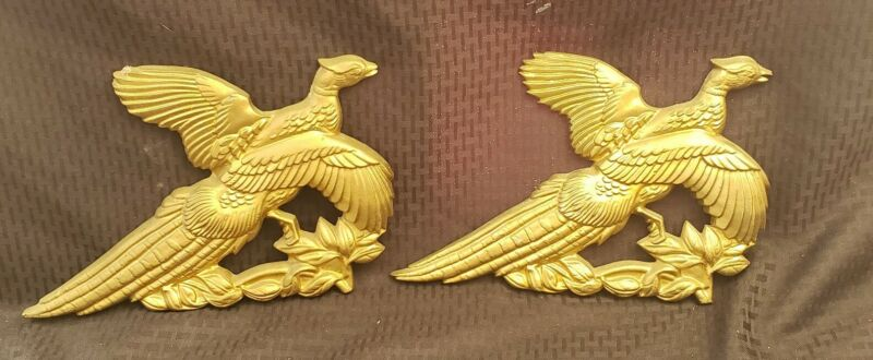 VINTAGE CAST METAL PHEASANT WALL PLAQUE GOLD DECOR HUNTING CABIN PAIR