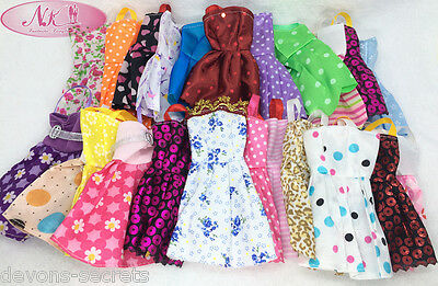 10 x bundle girls toy doll BARBIE dress party dresses costume outfits sets BC42