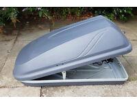 Halfords 250 litre roof box