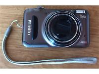 Fuji Finepix T200 Digital camera