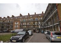 Very spacious 1-double bedroom purpose-built apartment in Westferry Road.
