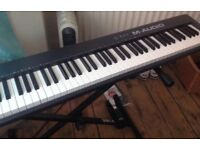 M-AUDIO KEYSTATION 88 + Stand and Foot Pedal