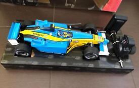 New Renault F1 Digital Radio Remote Control Racing Car (Rare)