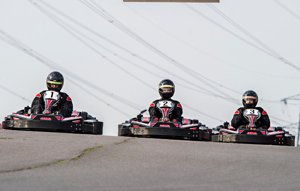 50 Lap Karting Experience For 2 People EXPIRES 01 12 2017
