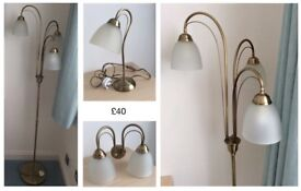 LAMP STAND/TABLE LAMP & WALL LIGHT IN ANTIQUE STYLE BRASS