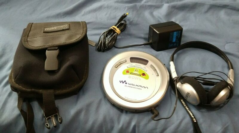 Sony Discman G-Protection Portable CD Walkman Player D-EJ621 w/ Extras