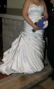 Wedding dress for sale size 14-16
