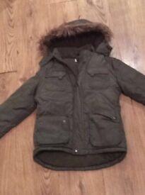 Boys coat like new age 9/10