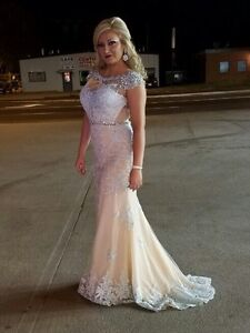 Ball Gown Dress. Perfect Condition * WORN ONCE London Ontario image 2